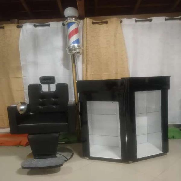 Vendo silla barbería, recepcion y barber pool barberia
