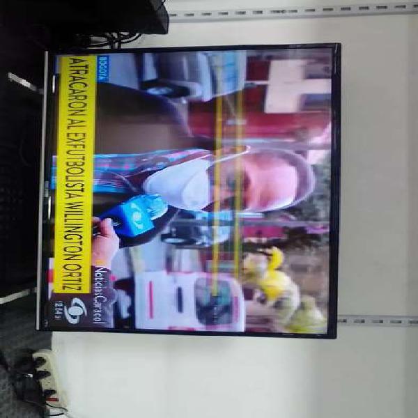 Tv led 40 pulgadas( pantalla averiada)