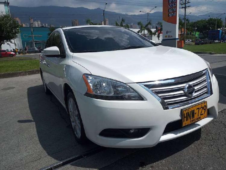 Nissan sentra 2014. automático.