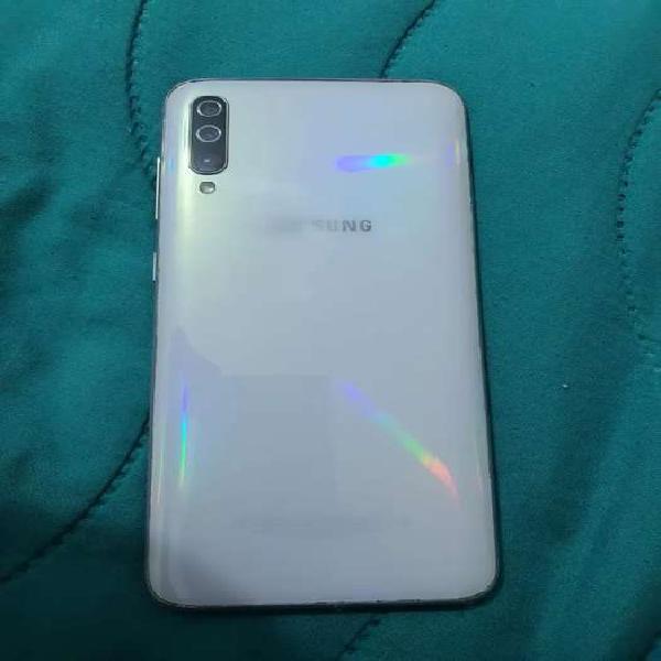 Samsung galaxy a70 dual sim solo funciona 1 puerto 128gb y 6