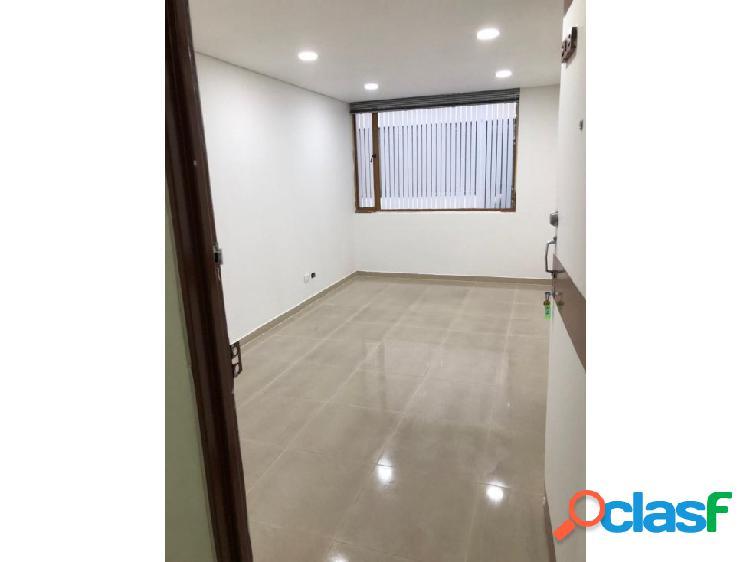 Arriendo oficina frente unicentro n, 18 m2 remodelada