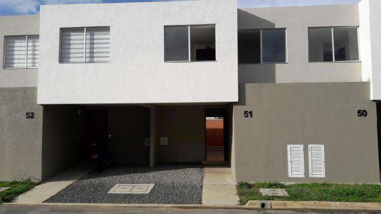 Casa condominio en venta en jamundi ciudad country