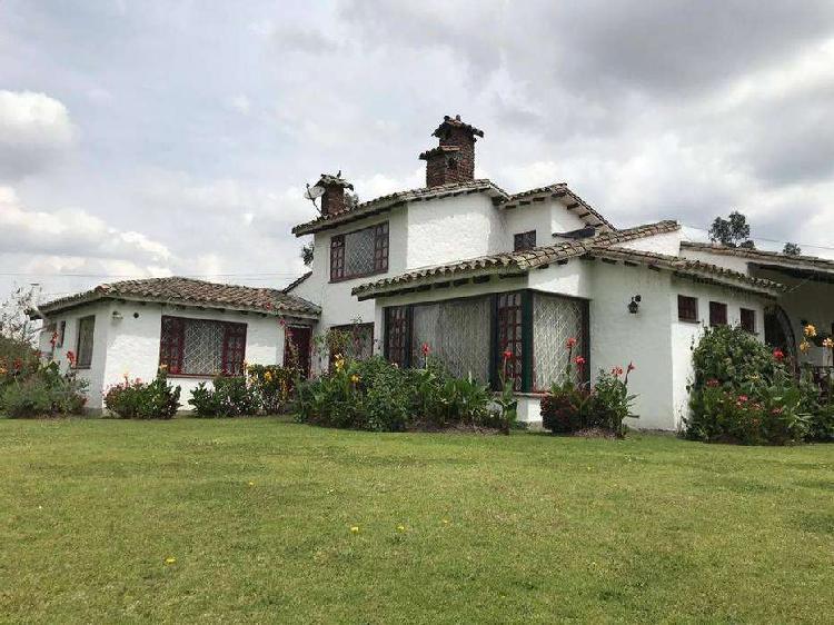 Espectacular casa para vivienda o proyectos de jardin,