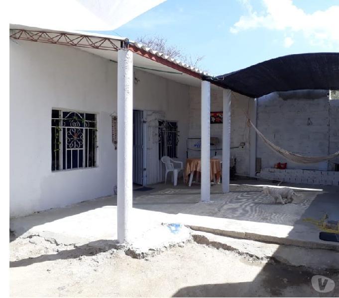 Venpermuto casa lote barrio cristo rey economica