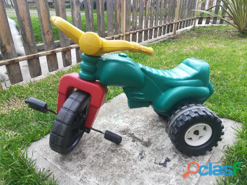 Triciclo   moto de plastico montable