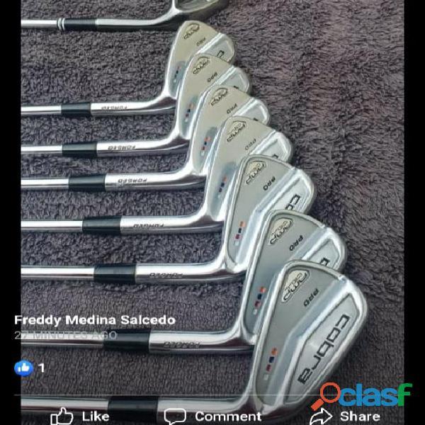 Palos de golf marca cobra