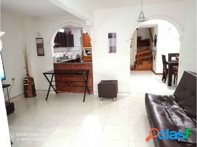 Venta de casa duplex en itagui suramerica $460.000.000