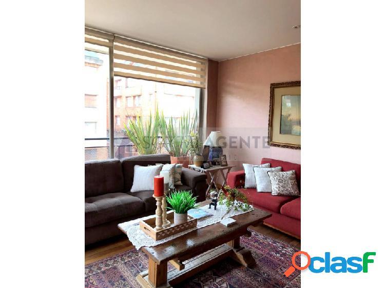 Amplio apartamento en santa bárbara con balcones
