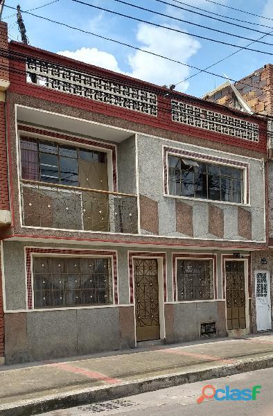 casa en venta barrio claret amplia