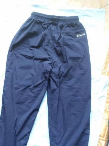 Pantalón azul totto