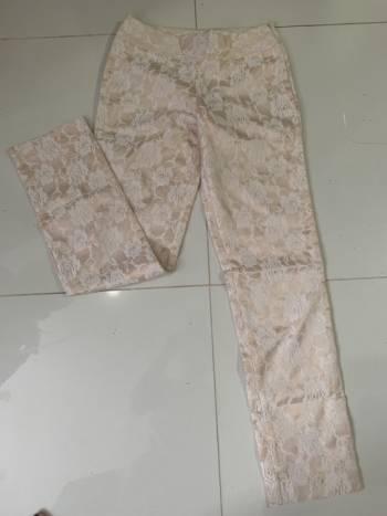 Pantalon flores talla 8