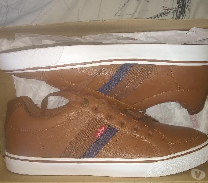 Zapatos Levis Nuevos