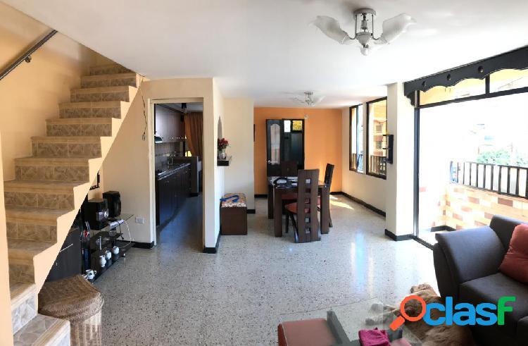Vencambio apartamento dúplex sector belen rosales