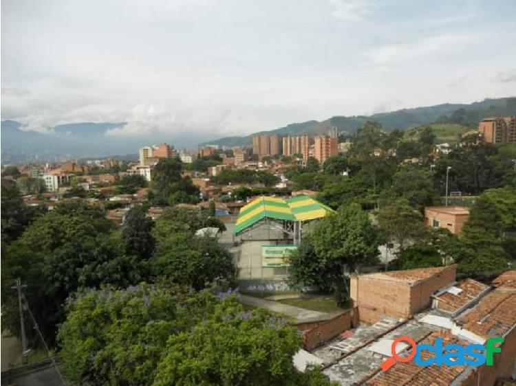 Apartamento en barrio cristobal