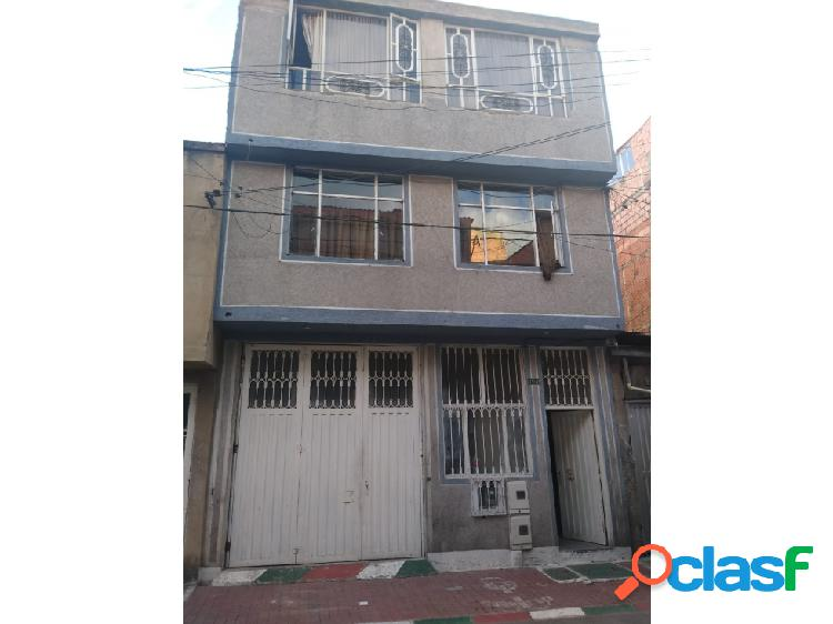 Casa rentable barrio maria paz kennedy corabastos