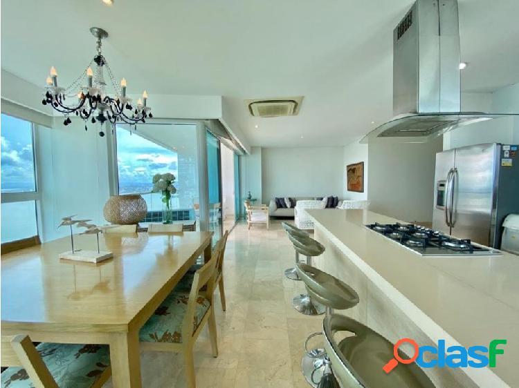 En VENTA! Apartamento en Castillogrande frente a la Bahía!