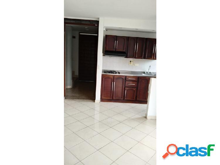 Se arrienda apartamento en suramericana