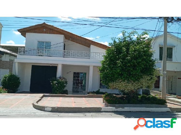 Casa de 4 habitaciones en venta barrio el recreo