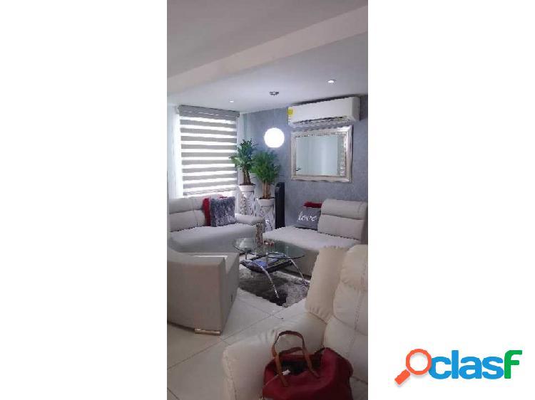 Apartamento dos alcobas. dos baños. buena iluminación. piso 2
