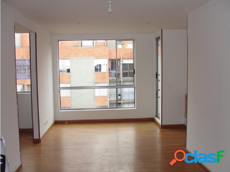 Apartamento dúplex en alquiler ubicado en gratamira