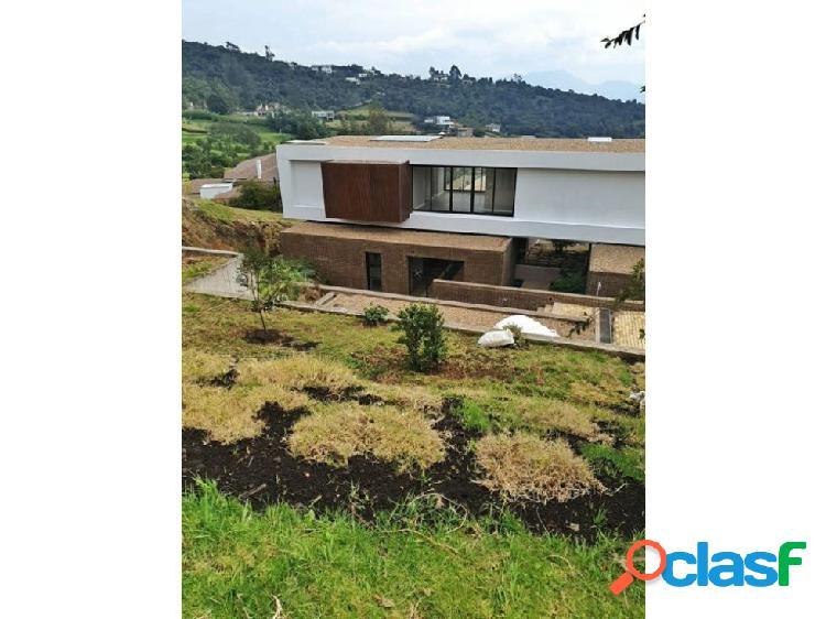 Casa estrenar en venta yerbabonita 825 m2 construidos piscina privada
