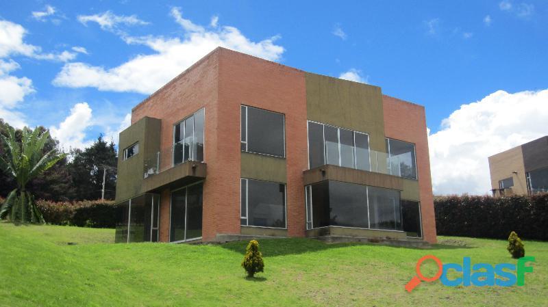 Peritos Auxiliares de la Justicia   Bogota. 3
