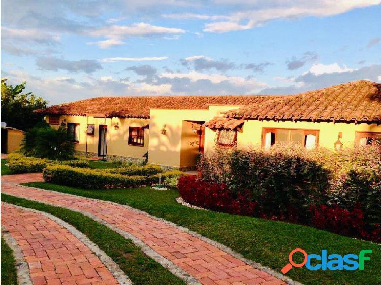 Casa campestre para la venta via montenegro q