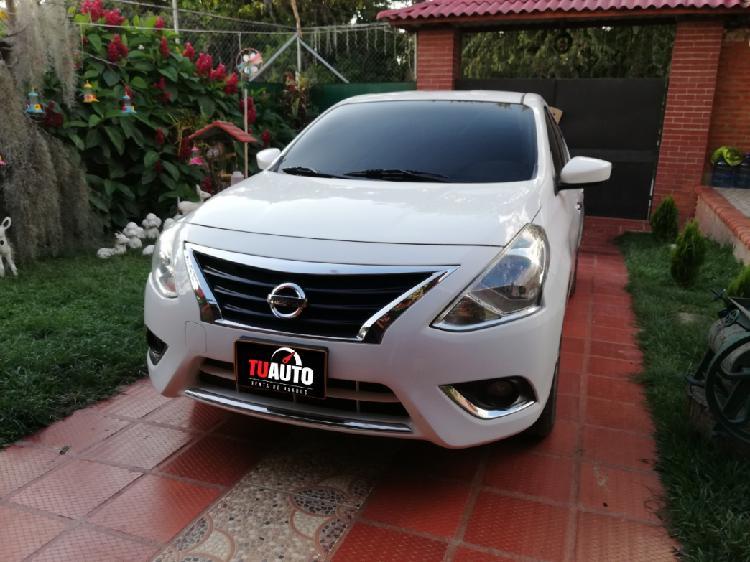 Nissan versa 2017