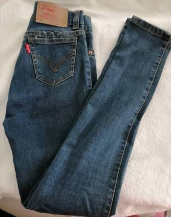 Pantalon jean nuevo imitación levis