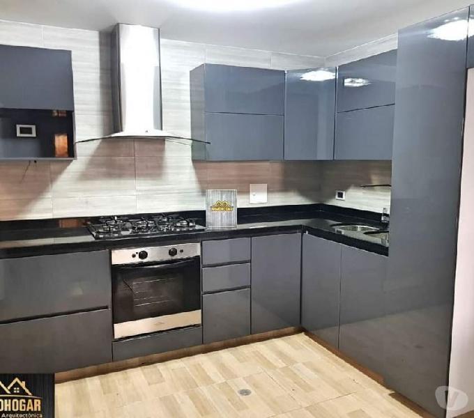Cocinas integrales, closet, puertas, divisiones de baño