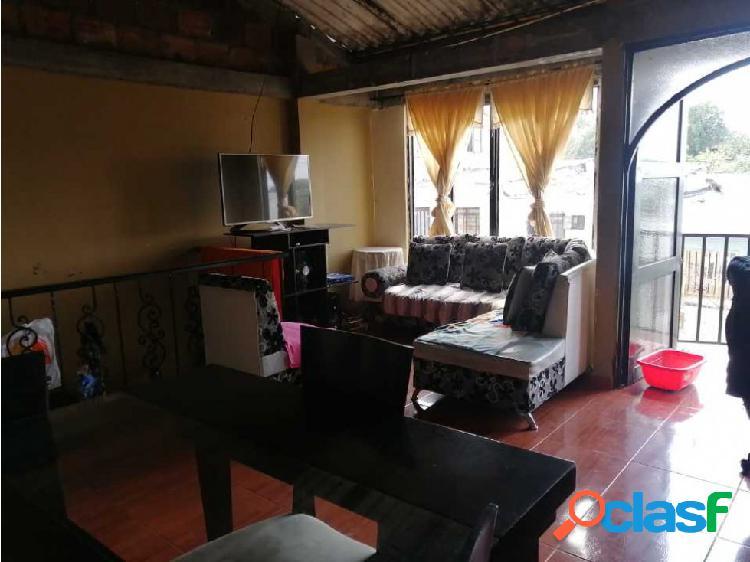 Casa doble renta para la venta en barrio santander