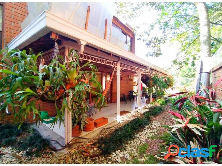 Casa en venta en el poblado loma de los parras.
