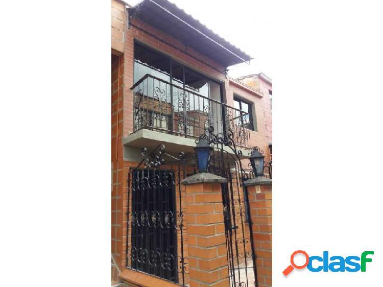 Venta de casa en Robledo Sector Bello Horizonte