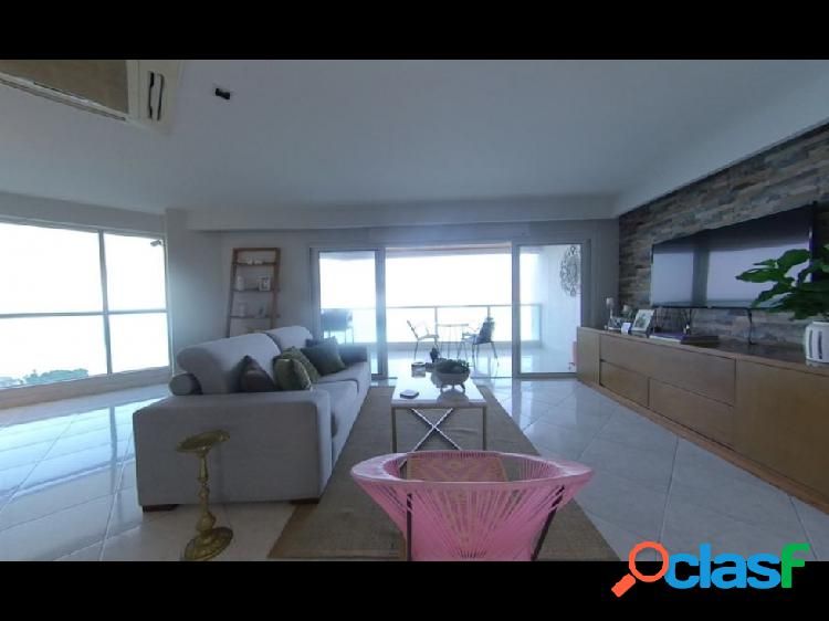 Se vende apartamento en el Rodadero, Santa Marta 1