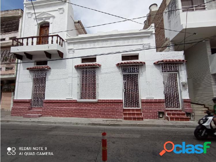 Casa tipo colonial bifamiliar centro histórico-006