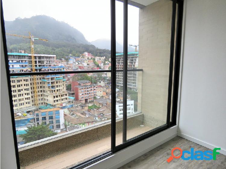 Aparta estudio con balcón y vista para arriendo en la macarena