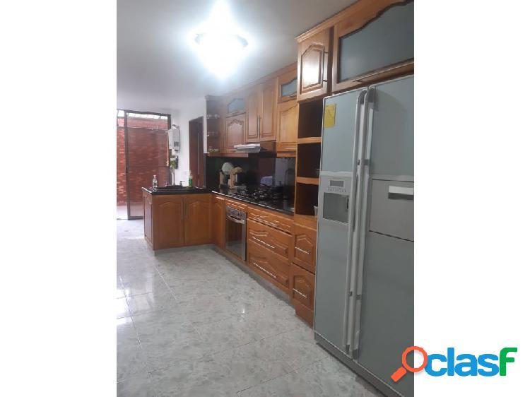 Apartamento medellin laureles barrio santa teresita - se vende