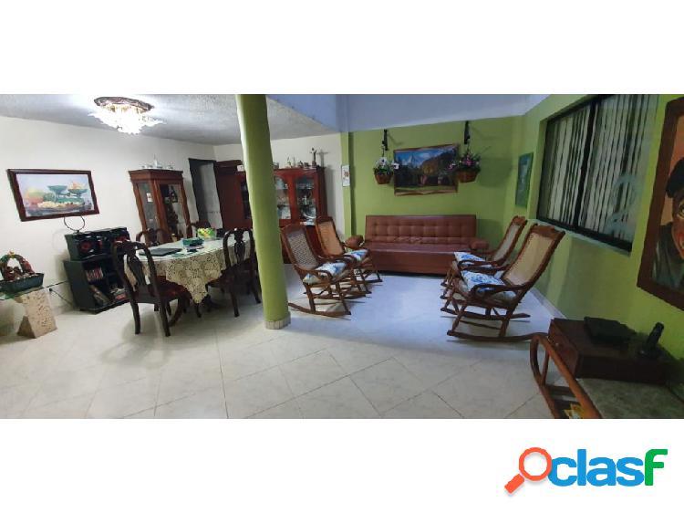 Casa primer piso simón bolivar en propiedad horizontal