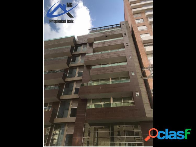 En venta apartamento en sector calasanz