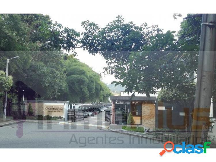 Arriendo apartamento en alameda de cañaveral barrio floridablanca