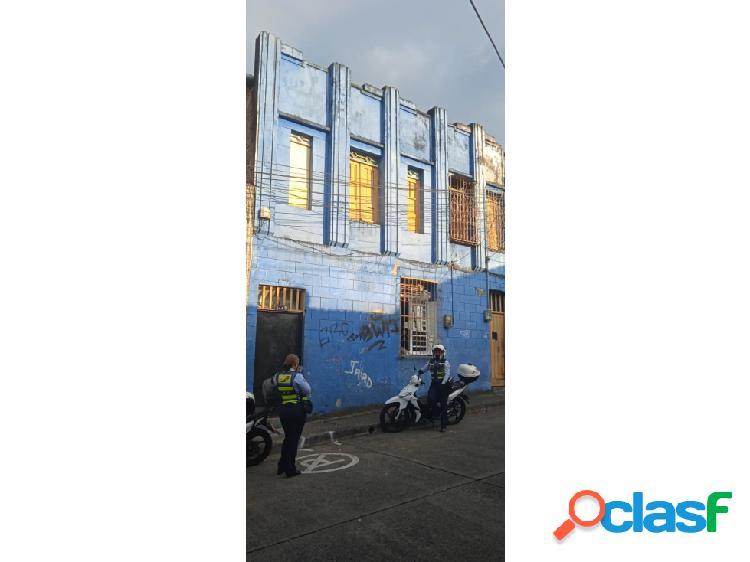 Casa lote en venta en sector centro.