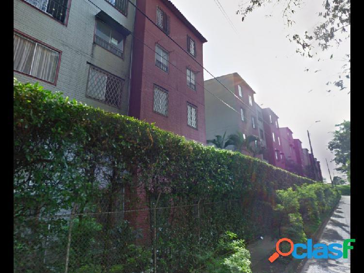 Apartamento en venta en ciudad 2000