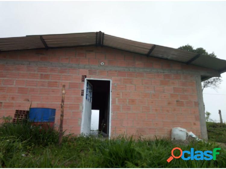 Casa con finca en venta en viota cundinamarca