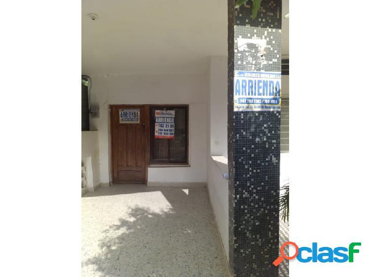 Silva cuesta inmobiliaria arrienda apto en el b/ juan 23 - montería