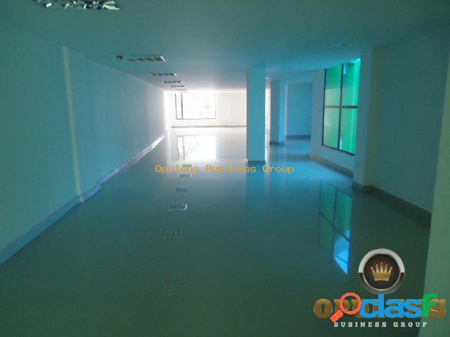 Edificio en venta en Chico Bogota E262