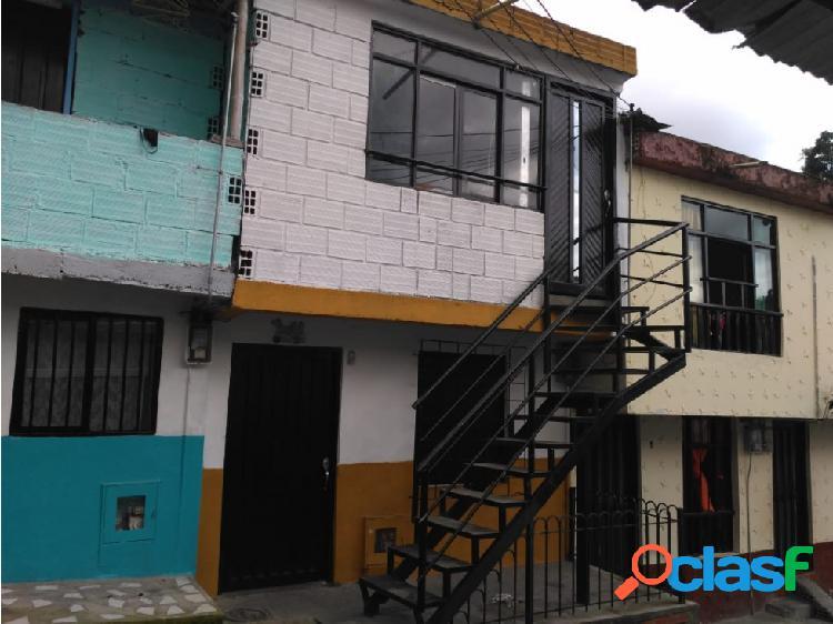 Casa bifamiliar en san vicente bajo villa santana**04
