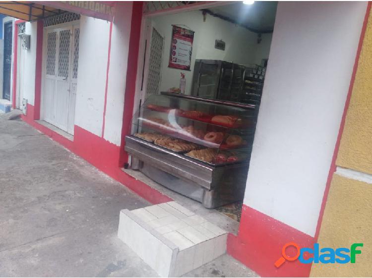 Venta de casa en oferta con 2 locales en sector centro de ibagué