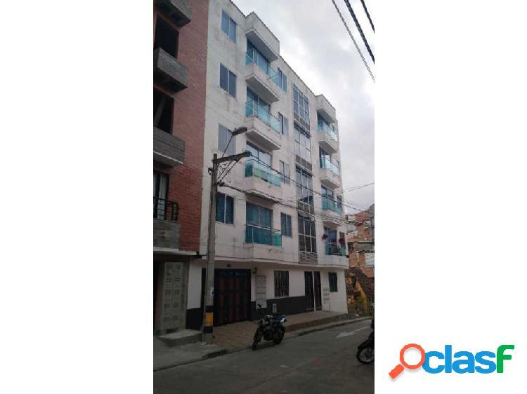 Apartamento de tercer piso en marinilla el barrio maría auxiliadora