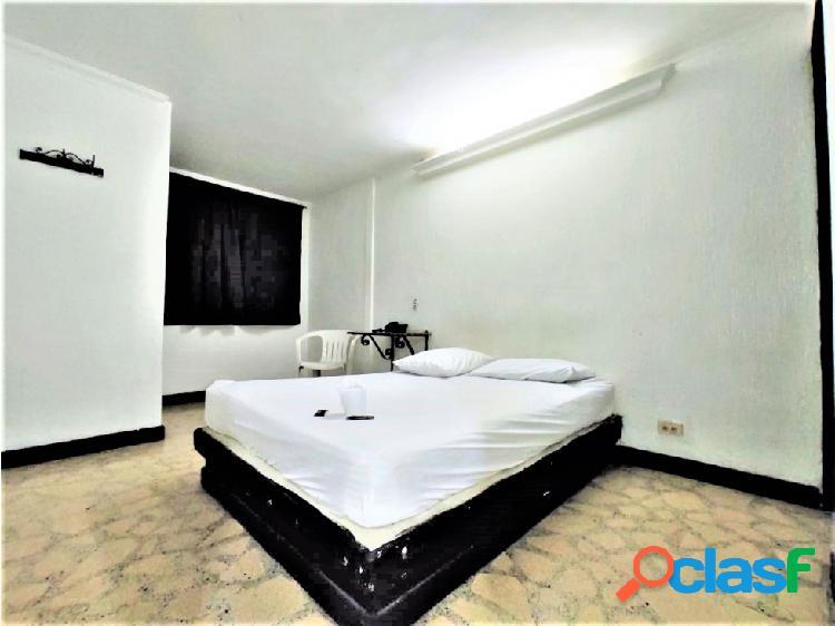 Rento comoda habitacion independiente en prado centro medellin
