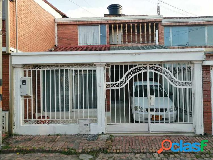 Vendo casa de dos pisos barrio llano del tunjo en facatativá